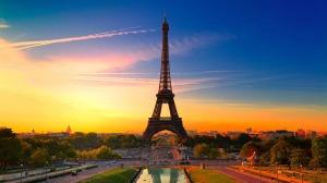 Wallpaper-HD-Travel-Night-in-Eiffel-Tower
